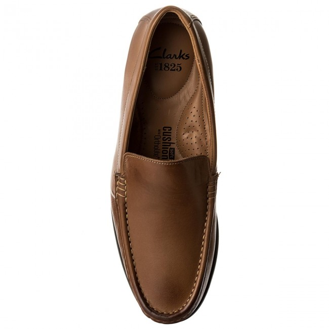Mockasiner CLARKS Claude Plain 261243167 Tan Leather